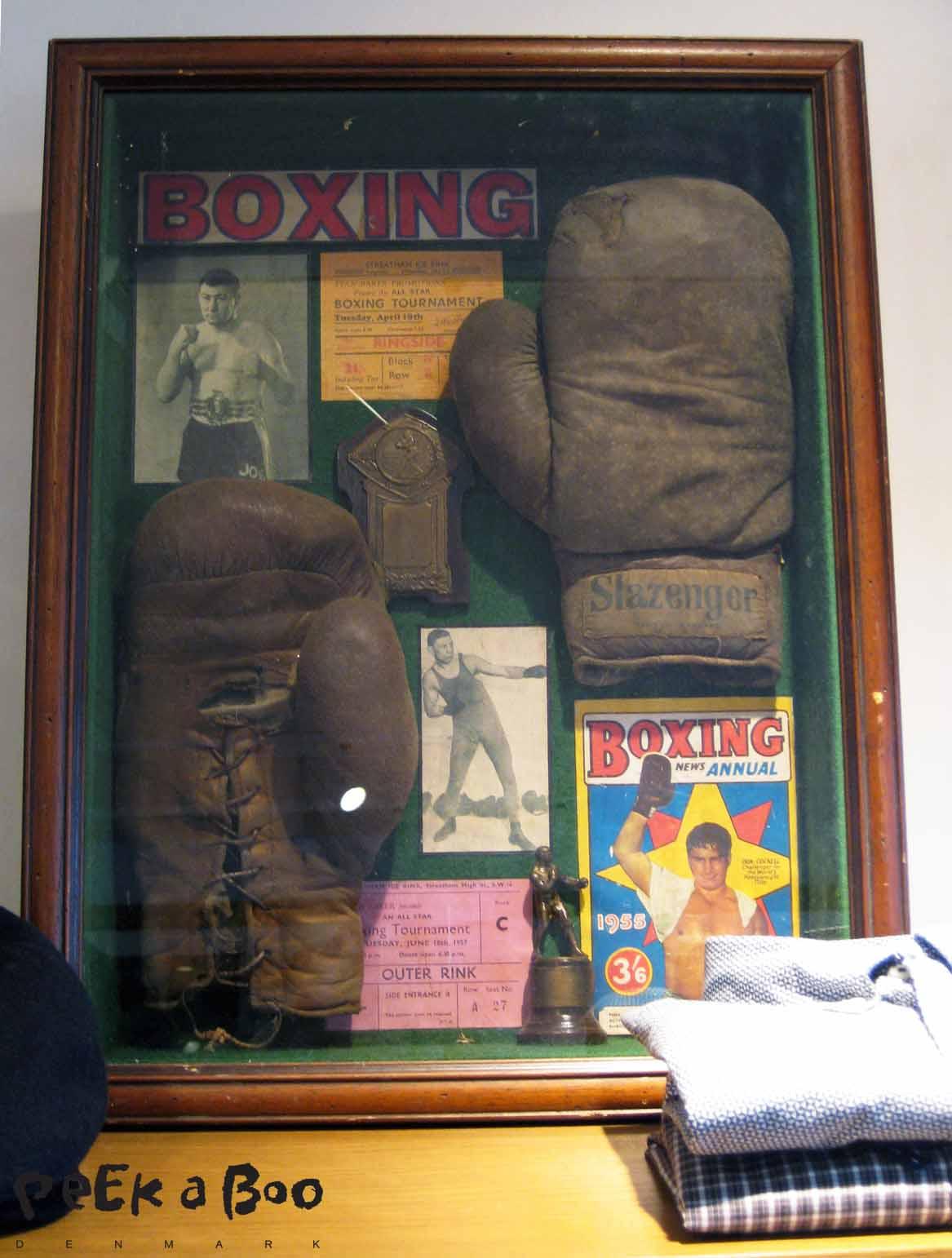 Altid gode props hos Hilfiger, historiske sporty items...I Love !