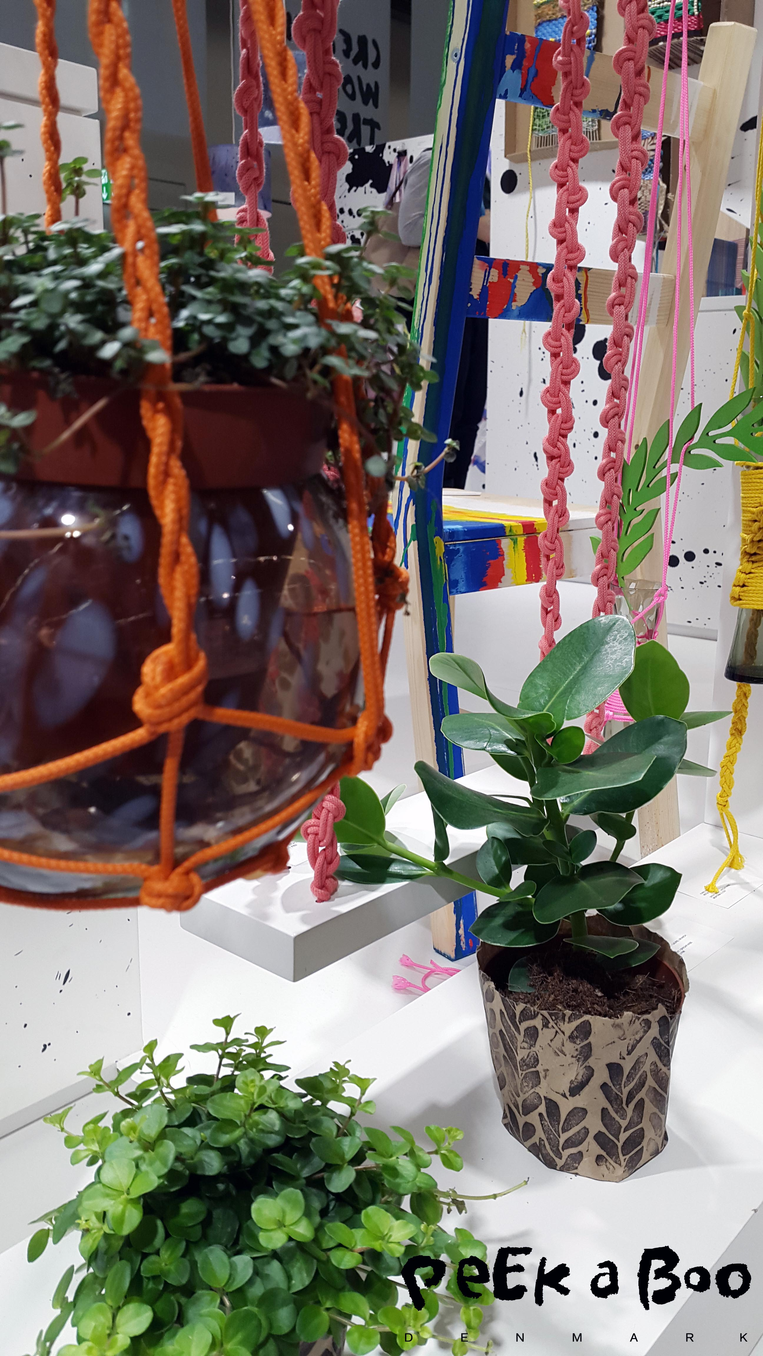 Holders for your hanging garden. On the Creative World in Frankfurt they showed them on the trend area.
