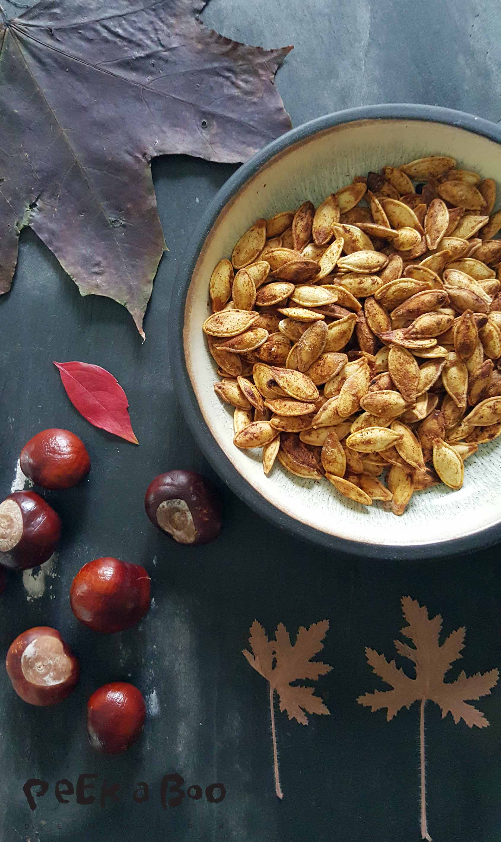roasted pumpkin seeds with spicesroasted pumpkin seeds with spices