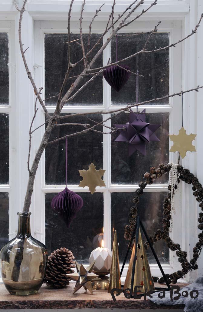 Det traditionelle julevindue. JuleLIV, julevinduer i Politikken 251115. Styling by Peekaboo design / Lene Nissen.