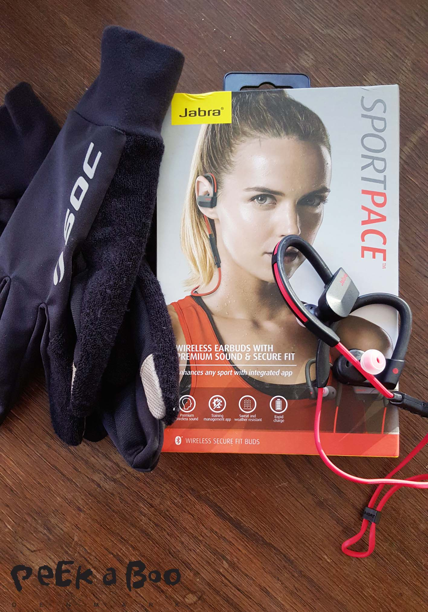 Jabra sport pace Wireless earbuds and soc gloves that can control my Samsung S6 Edge without taking them off.