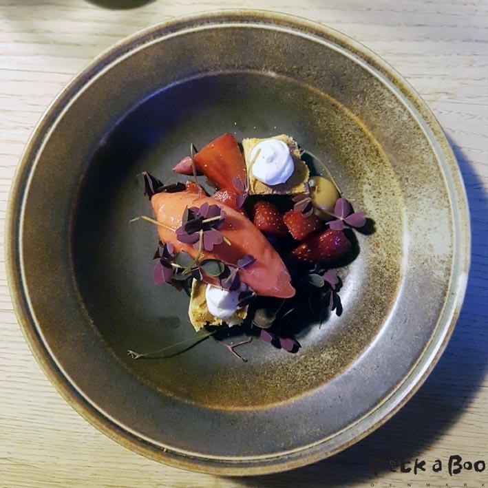raberberis og friske jordbær mini
