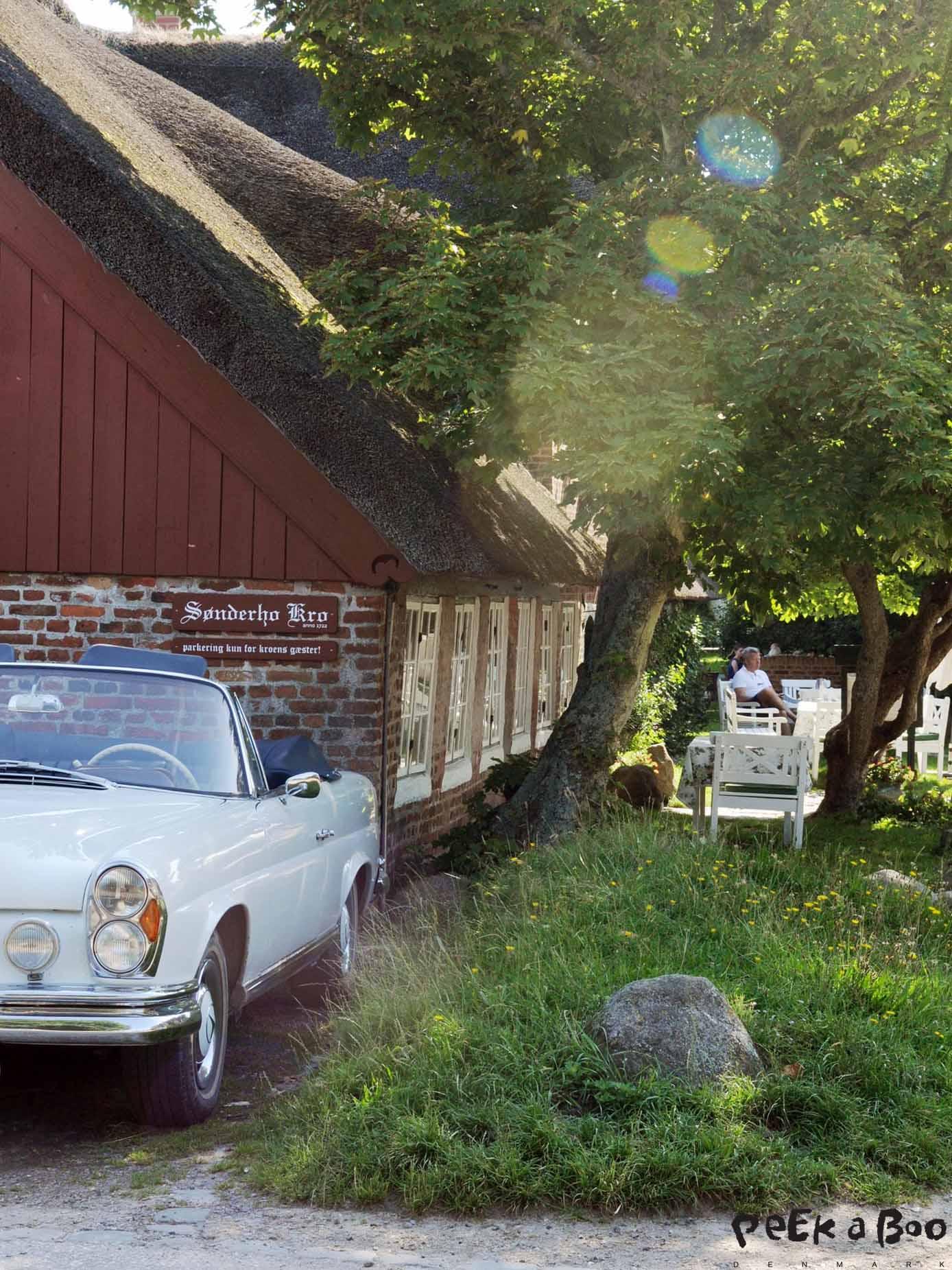 Arriving at Sønderho inn in sunshine.