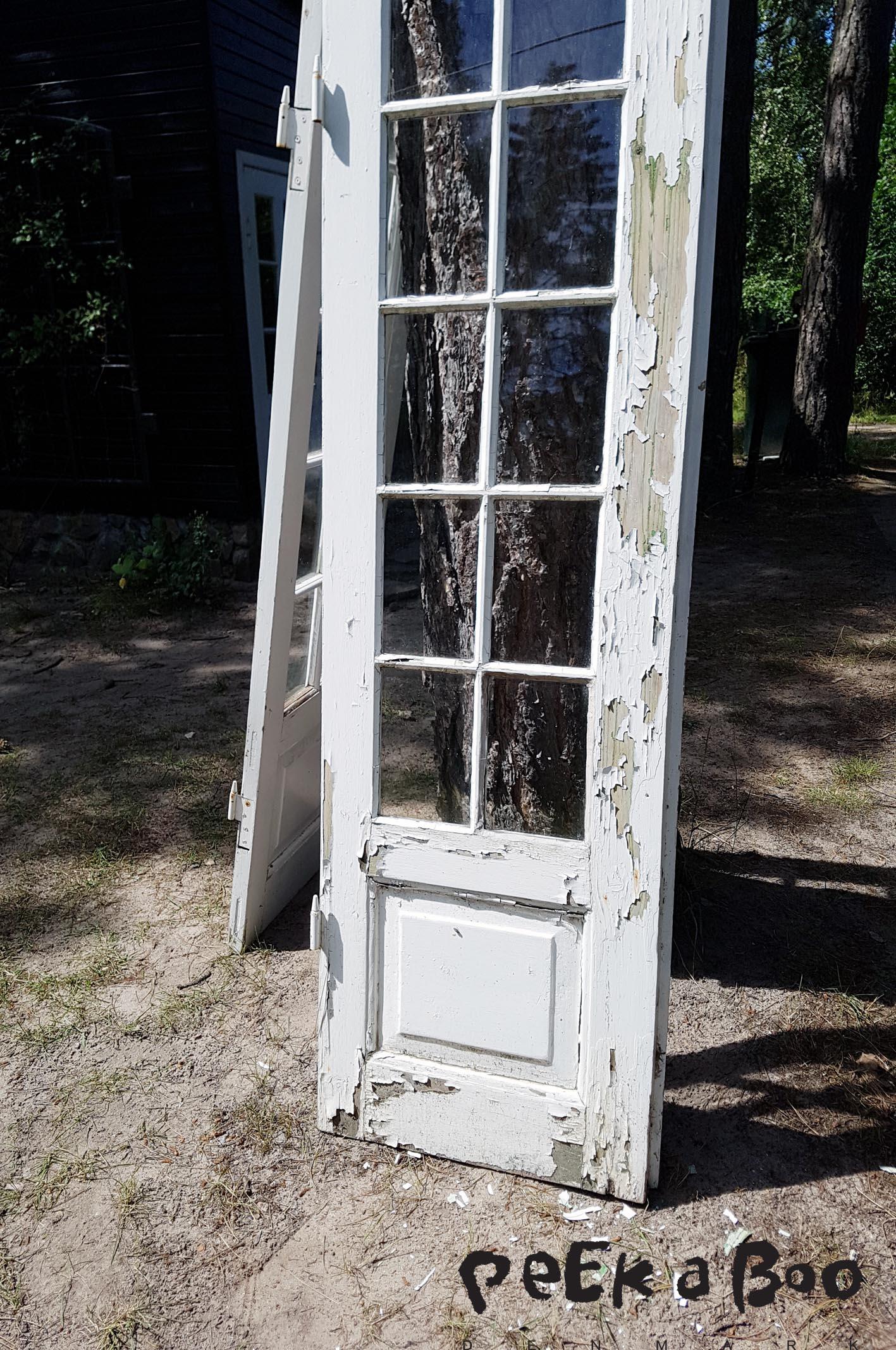 The door under process.